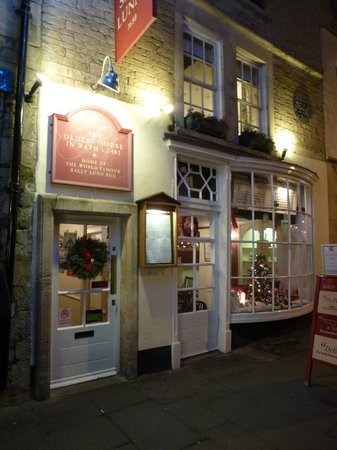 Sally Lunn's Historic Eating House & Museum : Sally Lunn's House December  2013