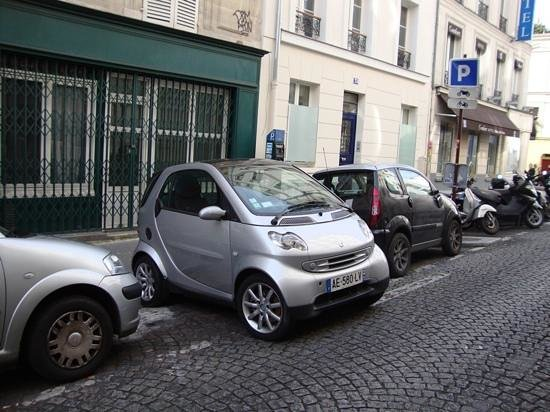 Left Bank Scooters : .