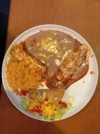 Torero's Mexican Restaurant: Taco, enchilada and tamale combination