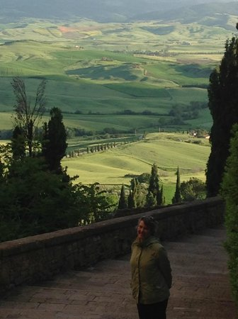 The Enthusiastic Traveler One Day Tours: View from Pienza