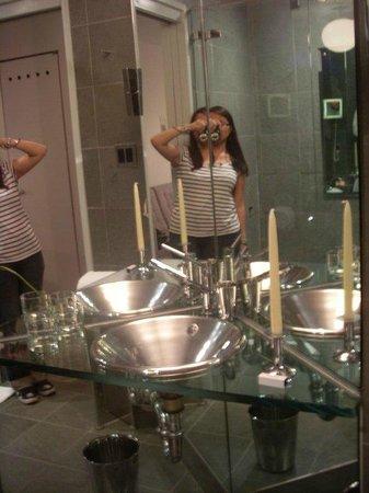 Royalton New York Hotel: bathroom