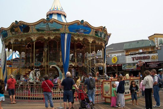 Fisherman's Wharf: Carousel