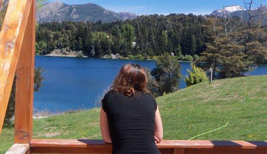 Club Hotel Dut Bariloche: Balcón de la cabaña