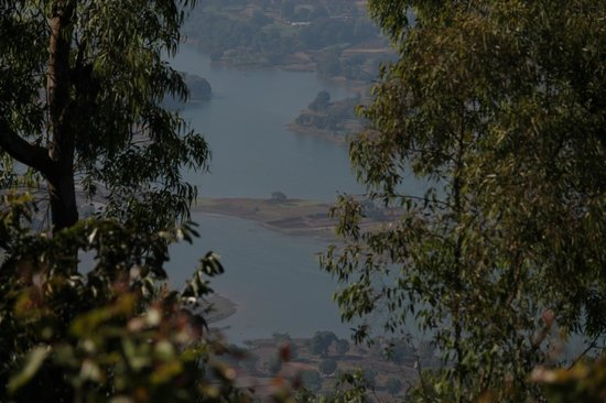 Exotic Home Stay - Panchgani: View from upper floor balcony