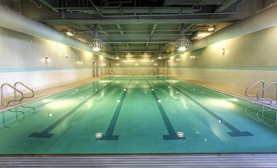 Hotel Ballard: Olympic Athletic CLub Pool