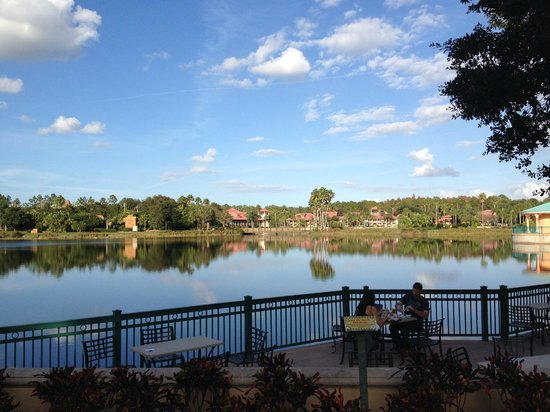 Disney's Coronado Springs Resort: One view over the lake