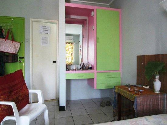 Cocrico Inn: room