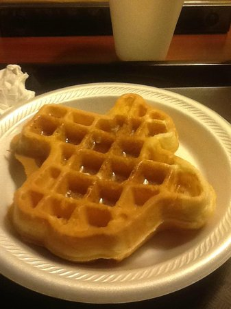 O'Brien Historic Hotel, an Ascend Collection Hotel: Free breakfast! Make your own Texas-shaped WAFFLE