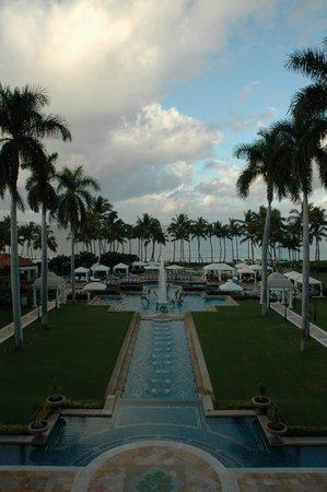Grand Wailea - A Waldorf Astoria Resort: View of Fountain