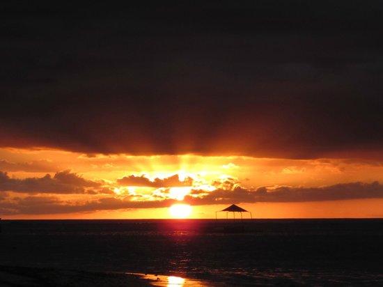 Le Cardinal Exclusive Resort: Sonnenuntergang