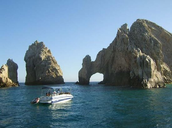 The Sunderland Pirate Ship : The Cape, Cabo San Lucas