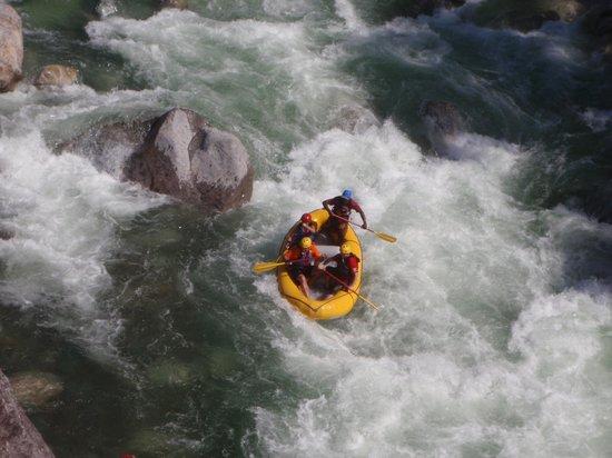 La Moskitia Ecoaventuras: Rafting at Rio El Cangrejal