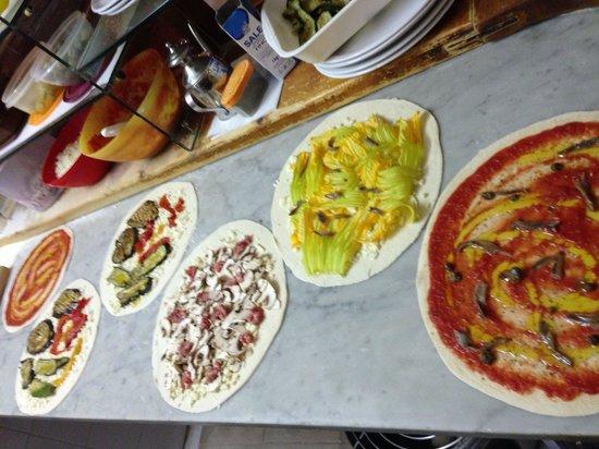 Pizzeria la Vecchia Locanda: In preparazione