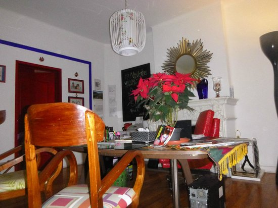Hostal B&B Dos Fridas y Diego : Recepcion