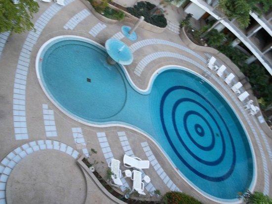 Marina Bay Hotel & Casino : Piscina
