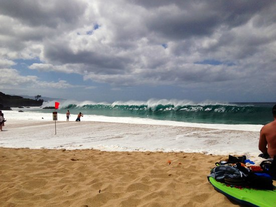 Waimea Bay: Big waves at Waimea