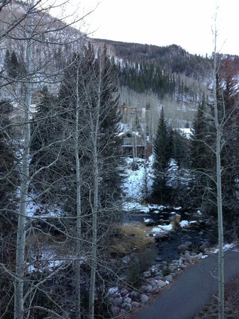 Hotel Talisa, Vail : View from our balcony room at the Vail Cascade