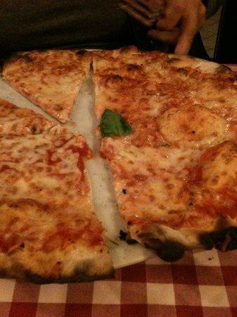 Pizzeria Stravinskij : pizza margherita