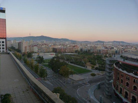 Catalonia Barcelona Plaza: Vistas al tibidabo.
