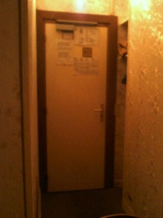 Hotel Floridor: porte de la chambre