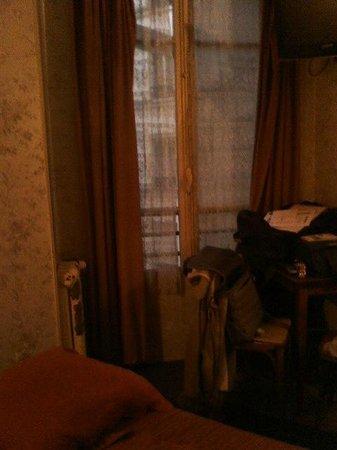 Hotel Floridor: fenêtre chambre