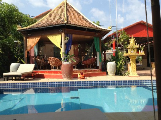 Sun Sothy Guesthouse: Relaxen am Pool