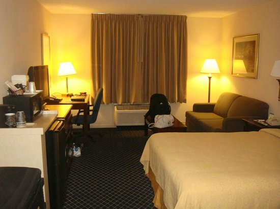Quality Inn & Suites -- South San Francisco: Room_1