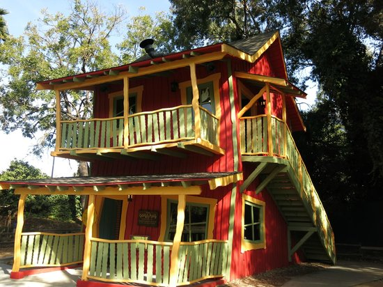 San Jose, CA: The Crooked House And Slide