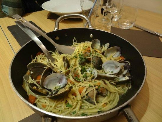 Voglia DI Pasta : Spaghetti alle vongole