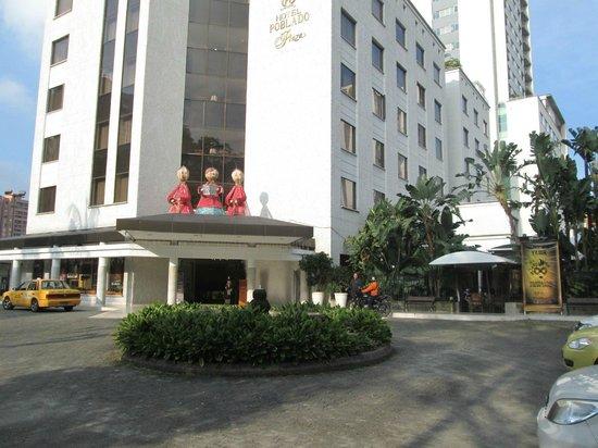 Hotel Poblado Plaza : Poblado Plaza entrance