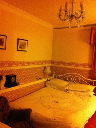 The Flower House : Double room with single occupancy