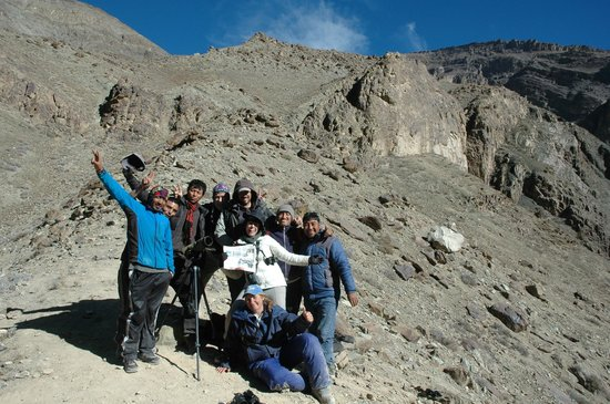 Whitehawk Birding and Conservation-Day Tours: The day we saw the snow leopards