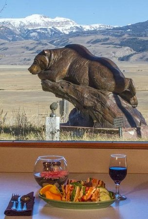 National Museum of Wildlife Art : lunch with a view that the Rising Sage Cafe