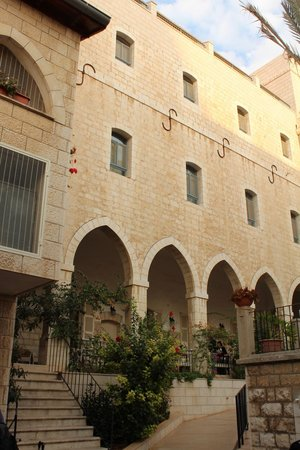 Sisters of Nazareth Convent: cortile interno