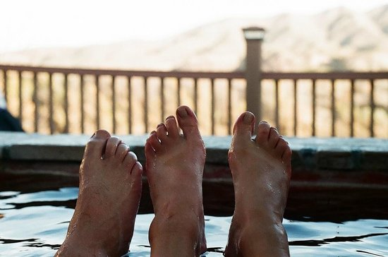 Riverbend Hot Springs: Private hot springs tub overlooking the Rio Grande