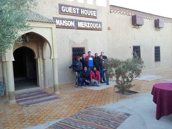 Guest House Merzouga : Unos tíos muy majos
