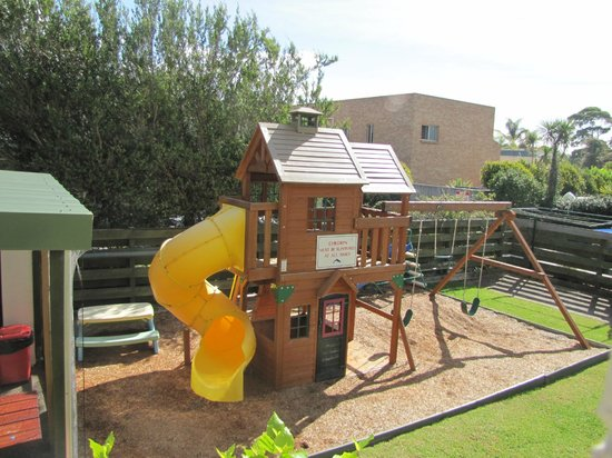 Apollo Luxury Apartments: Great children playground