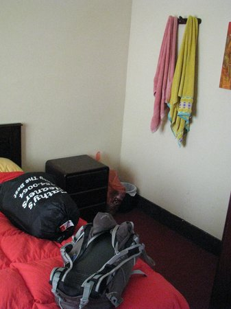 Backpacker's Family House: Hooks in room 7, along with provided towels