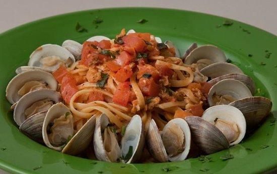 Louie Linguini's: Linguini with Clams