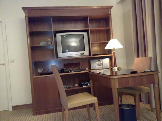 Marriott Executive Apartments Brussels, European Quarter: Le bureau