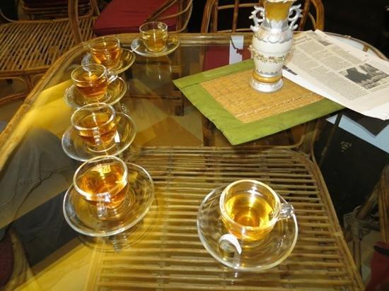 Golden Tips Tea Cosy : Tea tasting at Golden Tips