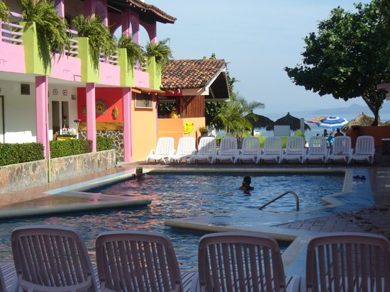 Decameron Los Cocos : pool