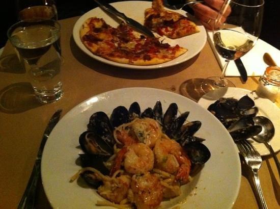 Fresco Bistro Italiano + Westside Lounge: incredible seafood pasta