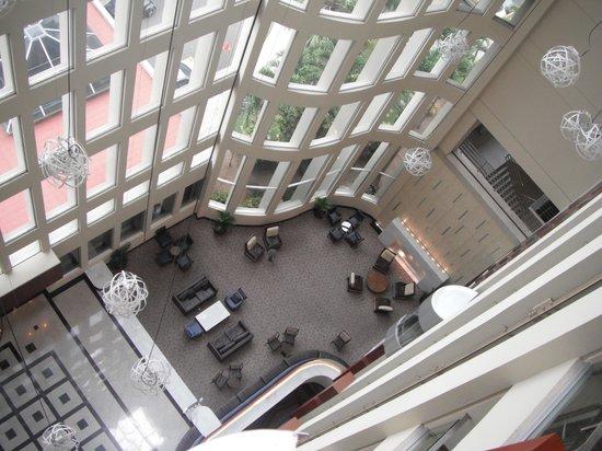Hilton Colon Guayaquil: Hotel lobby