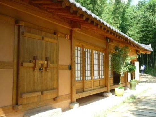 Damyang-gun, Südkorea: An old Korean traditional house in the Damyang forest