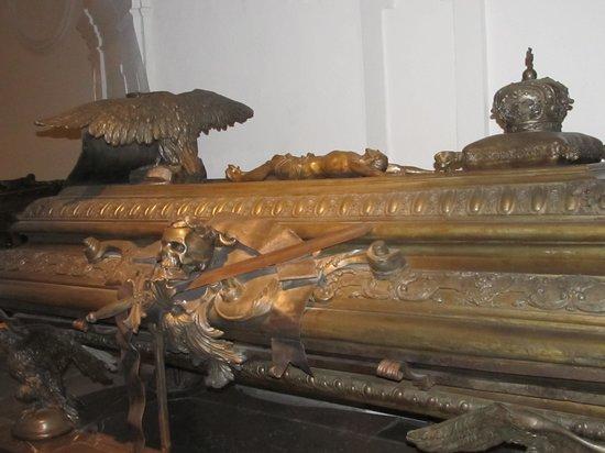 Capuchin Church (Kapuzinerkirche) : inside crypt