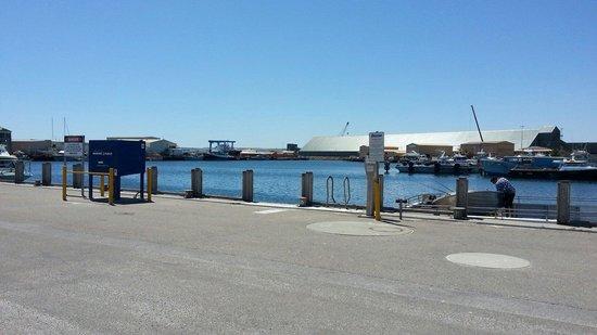 Barnacles Food Bar: Fisherman's warf Geraldton