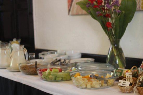 El Albergue Ollantaytambo: Breakfast Buffet