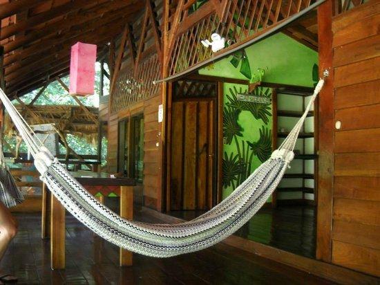 Cabinas Sax's Caribe : patio