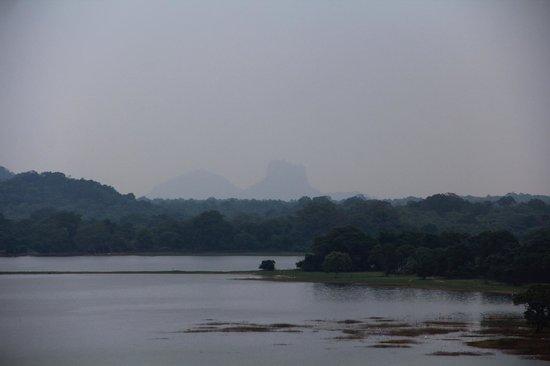 Heritance Kandalama: View of Sigiriya from the dining room